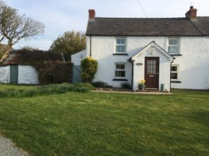 Bwthyn Gynon holiday cottage Pwllderi Pembrokeshire