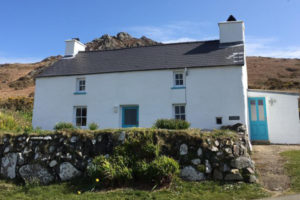 Tal y Gaer holiday cottage Pwllderi Pembrokeshire