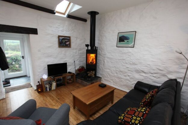glowtyr-felin-holiday-cottage-porthgain-pembrokeshire-3