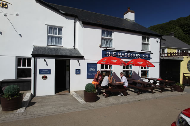 Places To Eat in Solva