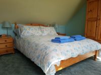 Seren Wen Master Double Bedroom